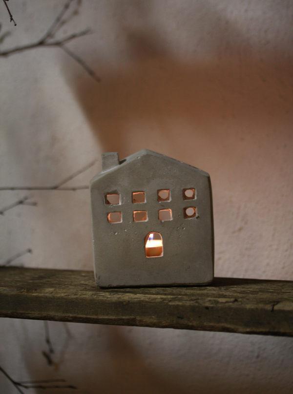Hus i beton - lille