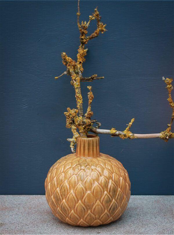 okkergul keramik vase vanilla fly