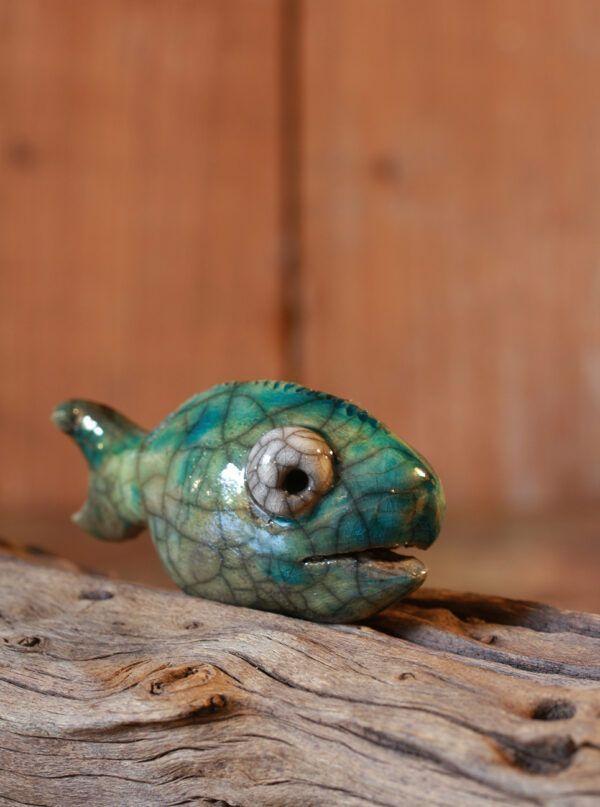 fisk i raku keramik